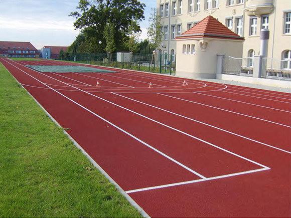 Gymnasium Burgstädt Außenanlagen