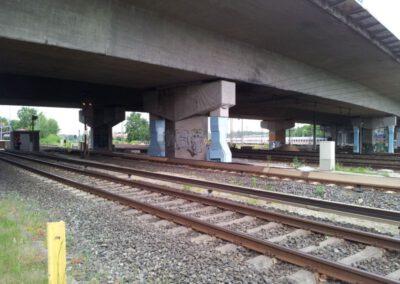 Stützenverstärkung Langenfelder Brücke im Zuge der A 7 über die DB, Hamburg-Eidelstedt